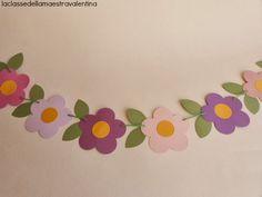 """Forse risulterò monotona, ma per me la classe in primavera deve essere piena di fiori.   Quest'anno ho pensato a una """"ghirlanda"""" piena di..."""