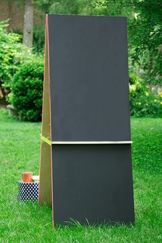 DIY The Ultimate Craft Center all summer Long! Blackboard on one side paint station on the opposite side!