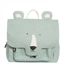 Discover this cute school satchel a hip polar bear print and details.with Trixieand let your kid be the star on the first day of school. Kids Lunch Bags, Kids Bags, Eco Friendly Backpacks, Toddler Bag, Boys Backpacks, Baby Store, Cartoon Kids, Animals For Kids, Kind Mode
