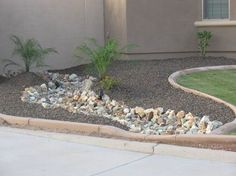 desert landscaping ideas   Arizona desert landscape design with riverbeds, rock, desert plants