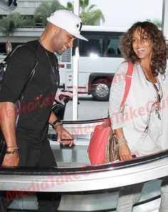 Boris and Nicole were spotted at LAX. they're beautiful . Nicole Ari Parker, Boris Kodjoe, How To Look Better, How To Get, Your Smile, In Hollywood, Told You So, Celebs, Couples