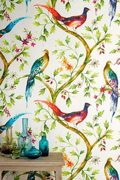 Badminton by de Gournay wallpaper, along with L'Eden, Lucky Fish and other hand-painted chinoiserie designs from luxury wallpaper company de Gournay. Bird Wallpaper, Fabric Wallpaper, Wallpaper Ideas, Botanical Wallpaper, Wallpaper Designs, Bedroom Wallpaper, Wallpaper Desktop, Colorful Wallpaper, Disney Wallpaper