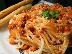 Spaghetti z tuńczykiem - pyszny obiad na rozpoczęcie roku szkolnego | JejŚwiat.pl