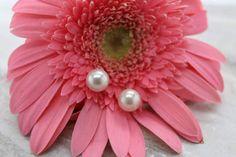 Retro Faux Pearl Stud earrings pierced June birthstone prom