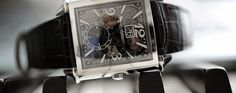 Girard-Perregaux Vintage 1945 Large Date and Moon-Phases (Live Photos and Price) - Monochrome Watches