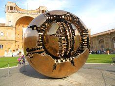 Patio de la Piña en los Museos Vaticanos.