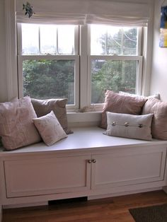 Window seat with storage (without having to open the top)