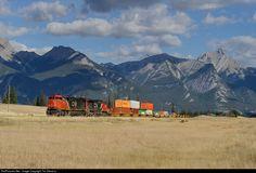 Net Photo: CN 2437 Canadian National Railway GE (Dash at Jasper, Alberta, Canada by Tim Stevens Jasper Alberta, Alberta Canada, Canadian National Railway, Trains, Train
