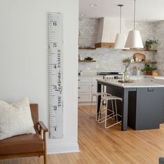 Your kitchen is not only essentially the most important parts of your home, but also determinesthe resale worth of the room. Wood Floor Pattern, Growth Chart Ruler, Cute Kitchen, Kitchen Layout, Kitchen Ideas, Kitchen Island, Reclaimed Barn Wood, Dining Room Design, Kitchen Styling