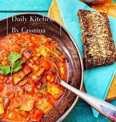 Ciorbă de fasole cu costiță afumată Supe, Chili, Kitchen, Recipes, Food, Cuisine, Meal, Chile, Chilis