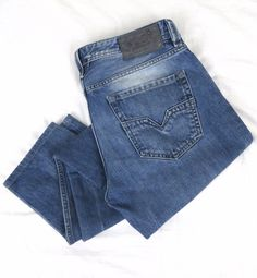 DIESEL Larkee Jeans 32 x 32 Regular Straight Leg 0885V Blue Denim Button Fly #DIESEL #ClassicStraightLeg