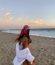 Summer Dream, Summer Baby, Summer Girls, Spring Summer, Beach Aesthetic, Summer Aesthetic, Aesthetic Girl, Summer Pictures, Swimwear