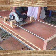 How to Build a from wood with woodworking plans! *not every pic or post is in the wood plans package video holz This was build by a from the usa ! Diy Projects Plans, Wood Shop Projects, Woodworking Projects Diy, Diy Furniture Plans Wood Projects, Woodworking Techniques, Woodworking Videos, Woodworking Plans, Woodworking Shop Layout, Woodworking Furniture