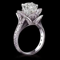Flower wedding ring
