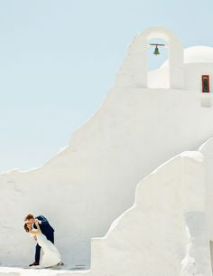 Mykonos, is one of the most picturesque islands of Greece. Read Jonathan & Keleen story, in one of the most romantic elopements in the island of the winds! Santorini Wedding, Greece Wedding, Mykonos Greece, Crete Greece, Athens Greece, Mamma Mia Wedding, Elope Wedding, Elopement Wedding, Dream Wedding