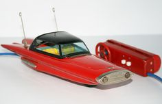 Ichida Japan 60's Ford Gyron Concept Car R/C Battery Operated 12 inches (30 cm) original tin toy car
