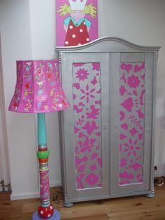 Drie deurs kledingkast met polkadot.girls room,closet,eyecatcher ...