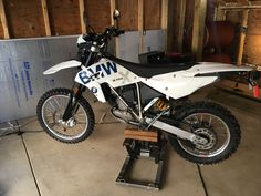 2009 BMW G450X Off Road Bikes, Offroad, Yamaha, Two By Two, Wheels, Bicycle, Bmw, Motorcycle, Vehicles