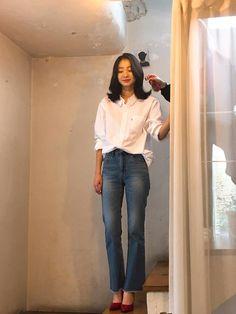 Asia Girl, College Fashion, Korean Actresses, Office Outfits, Korean Artist, Woman Crush, Sergio Rossi, Asian Fashion, Girl Crushes