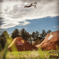 Our sponsored athlete, Corey Bohan, famous BMX rider, knows the value of natural ingredients and real food products. That's why he supports the Koog Bar! Check out his work on redbull.com.