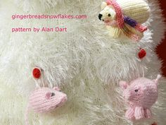 Advent Tree and Christmas Tree Decorations  - patterns by Alan Dart can be found here: http://www.alandart.co.uk/
