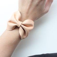 DIY Leather Bow Bracelet - Tutorial