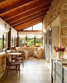 Rustic stone on wall to add flair to covered patio House With Porch, Cozy House, Mobile Home Porch, Design Exterior, Exterior Paint, Stone Houses, Design Case, Rustic Interiors, Beautiful Homes