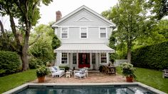 Blythe and Mark Harris's Sag Harbor home, designed in collaboration with San Francisco interiors maven Elizabeth Cooper. Click through for the full home tour! | Lonny.com