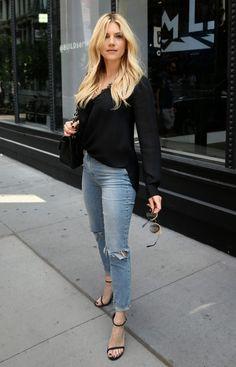 Katheryn Winnick in jeans - Pornhub Pictures Katheryn Winnick Vikings, Lagertha, Beautiful Celebrities, Beautiful Actresses, Female Celebrities, Blond, Portrait Poses, Beauty Women, Fashion Beauty