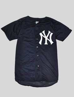 NYC Yankees Baseball Jersey Dark Navy - where can i get this ? Hip Hop Outfits, Cute Outfits, Jersey Outfit, Baseball Jerseys, Baseball Stuff, Mein Style, Mens Fashion, Fashion Outfits, Piece Of Clothing