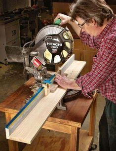 Miter Saw Fence Plans - Miter Saw Tips, Jigs and Fixtures - Woodwork, Woodworking, Woodworking Plans, Woodworking Projects Used Woodworking Tools, Woodworking Projects, Woodworking Store, Mitre Saw Dust Collection, Best Circular Saw, Mitre Saw Stand, Diy Storage Boxes, Miter Saw, Easy Craft Projects