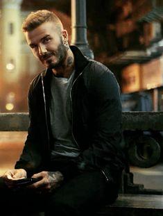 David Beckham Tattoos, David Beckham Haircut, Hair And Beard Styles, Short Hair Styles, Biker Photography, The Beckham Family, Beard Tattoo, Beard No Mustache, Haircuts For Men