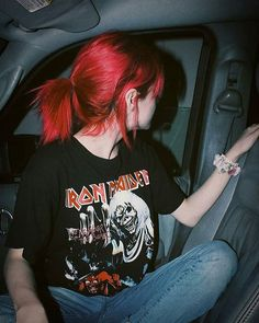 Red hair redhead shirts, lipstick colors for redheads, eye makeup red hair - Hair - Lipstick Red Weave Hairstyles, Cool Hairstyles, Greaser Hairstyles, Formal Hairstyles, Wedding Hairstyles, Fringe Hairstyle, Updo Hairstyle, Party Hairstyles, Wedding Updo