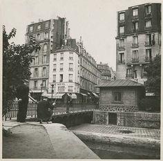 Croisement quai de Jemmapes, rue de la Grange aux Belles Paris, Hôtel du Nord,1938 / Paris 10ème / Phot par Alexandre Trauner / Repérages pour le tournage d'Hôtel du Nord