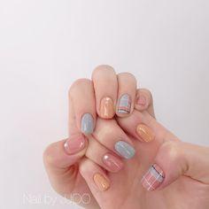 Sinful Colors Nail Polish, Nail Colors, Swag Nails, Fun Nails, Grey Acrylic Nails, Rose Nails, Pretty Nail Art, Minimalist Nails, Colorful Nails