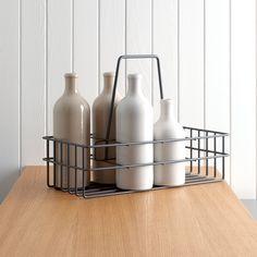 Practical drawer organisation systems Day Work, Bottle Holders, Drawer, Basket, The Unit, Make It Yourself, Organization, Tablewares, Set Of Drawers