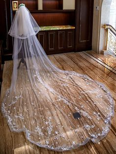 Star Applique Elastic Edge Wedding Veil Two Layer Cathedral Wedding Veil 4 Meters Long And 3 Meters Wide Bridal Veil Wedding Viel, Tulle Wedding, Wedding Party Dresses, Ivory Wedding, Wedding Bouquets, Cathedral Wedding Veils, Bridal Hair Accessories, Bridal Headpieces, Swatch