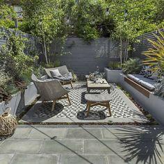 nice 40+ Inspiring Small Garden Design Ideas https://homedecort.com/2017/05/inspiring-small-garden-design-ideas/