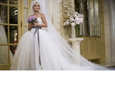 Save 68%. Vera Wang - Ball gown - White - Size 8. $1900