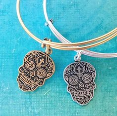 alex and ani ! Alex And Ani Rings, Alex And Ani Bracelets, Pandora Bracelets, Wrap Bracelets, Cute Jewelry, Silver Jewelry, Jewelry Accessories, Jewelry Box, Steampunk Necklace