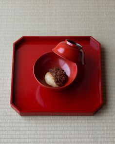 Mochi dish on a urushi lacquer bowl from Edo period (1603~1868), Japan
