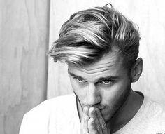 Trendy Mens Straight Medium Hair Cut