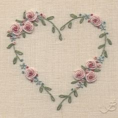 Hand Embroidery Patterns Flowers, Embroidery Hearts, Hand Embroidery Videos, Embroidery Stitches Tutorial, Embroidery Flowers Pattern, Silk Ribbon Embroidery, Embroidery Hoop Art, Hand Embroidery Designs, Diy Embroidery Flowers