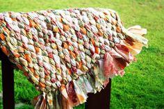Passo a passo: Aprenda fazer tapetes utilizando retalhos de tecido!