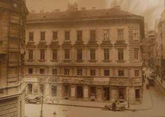Veres Pálné utca 10. Old Photographs, Old Photos, Budapest Hungary, Louvre, Building, Travel, Antique Photos, Voyage, Vintage Photos