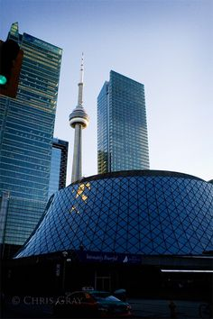 Toronto Toronto Skyline, Toronto City, Downtown Toronto, Travel Around The World, Around The Worlds, Toronto Architecture, Toronto Houses, Toronto Ontario Canada, Canada Eh