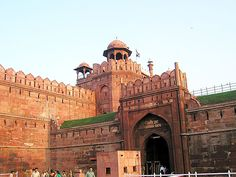 Google Image Result for http://dreams.world.coocan.jp/photo/india/dehli/red_fort/t_red_fort_09.jpg