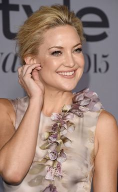 Pin for Later: Hollywood A-Listers Sizzle on the Red Carpet at the InStyle Awards Kate Hudson