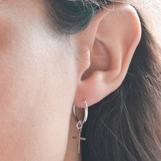 c7456c581457 Pendientes aro cruz Plata 925 milésimas  Vazón  earrings  silver  plata   pendientes