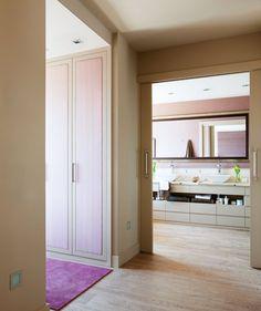 Un baño muy personal en color malva · ElMueble.com · Cocinas y baños